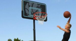 portable basketball hoop under 500