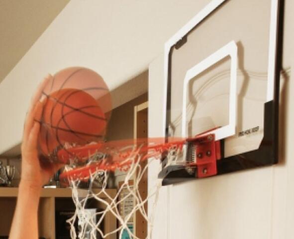 mini basketball hoop with return