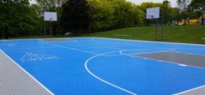 classic backyard court design