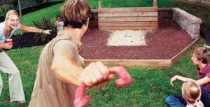 horshoe backyard court